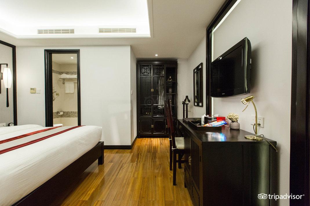 deluxe-double-room--v17857687.jpg