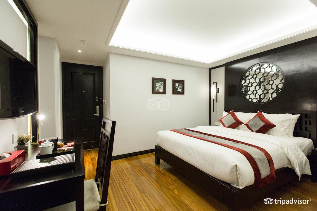 deluxe-double-room--v17857708.jpg