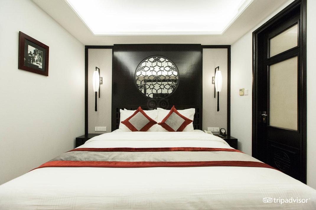 deluxe-double-room--v17857672.jpg